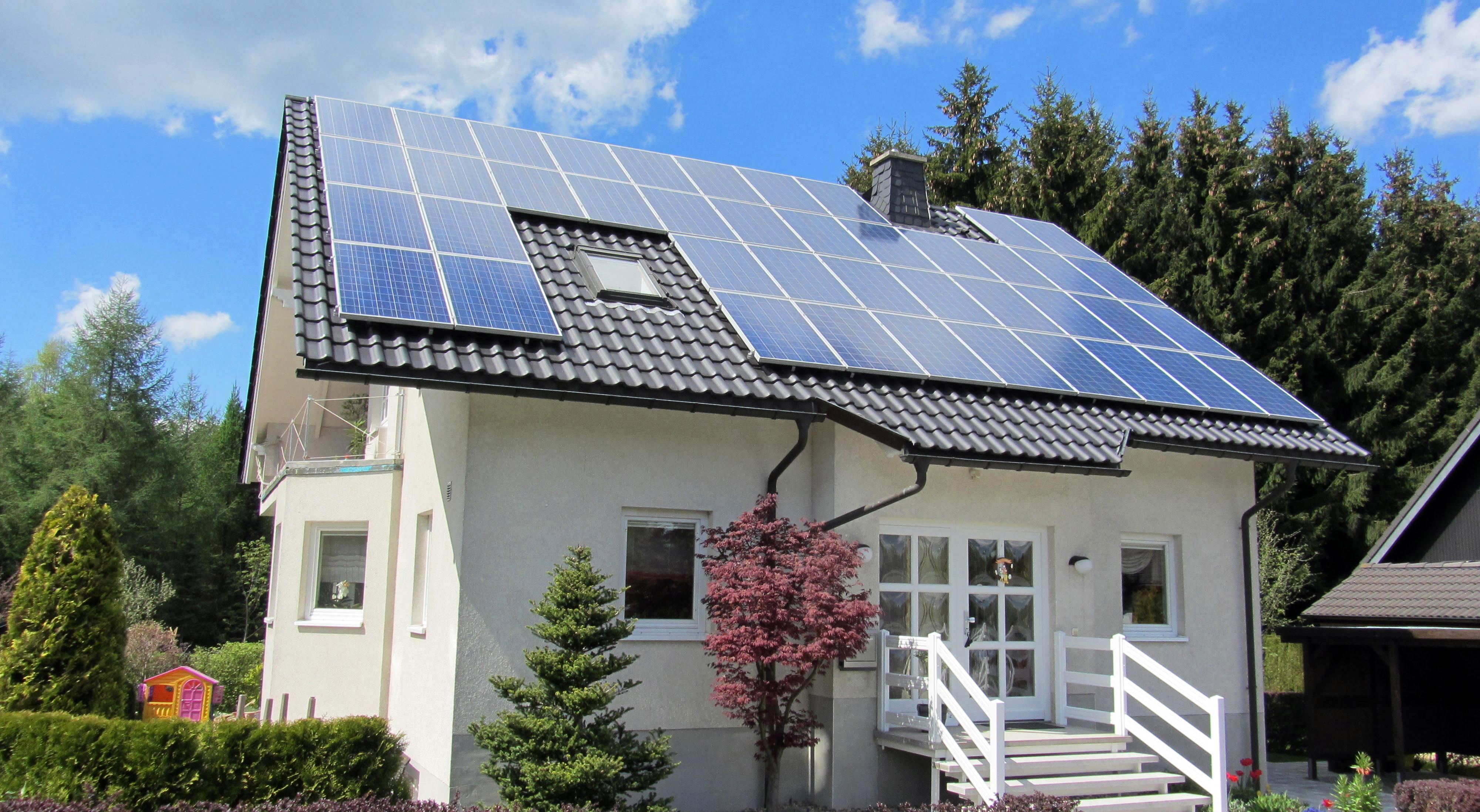 solar-house-Greenleaf-Solar