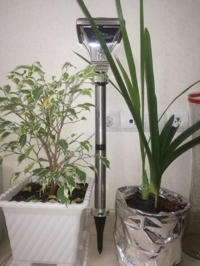 چراغ خورشیدی باغچه ای-پارکی